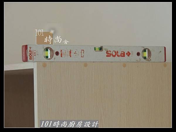@二字型廚房設計 不鏽鋼檯面+中島櫃 廚具工廠直營 作品分享:政大二街(64).jpg