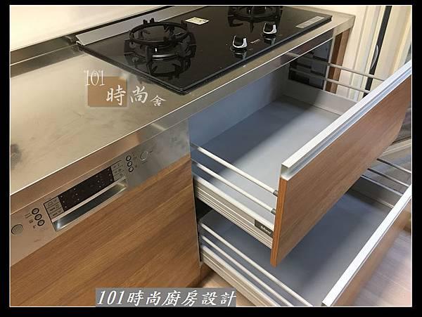 @二字型廚房設計 不鏽鋼檯面+中島櫃 廚具工廠直營 作品分享:政大二街(152).jpg