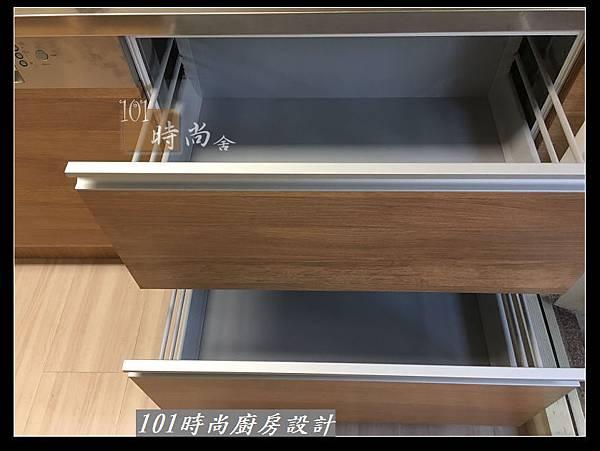 @二字型廚房設計 不鏽鋼檯面+中島櫃 廚具工廠直營 作品分享:政大二街(154).jpg