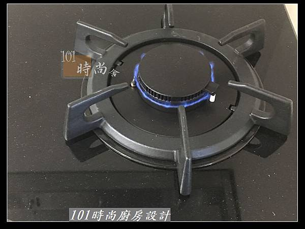 @二字型廚房設計 不鏽鋼檯面+中島櫃 廚具工廠直營 作品分享:政大二街(160).jpg