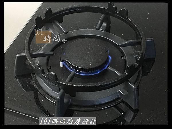 @二字型廚房設計 不鏽鋼檯面+中島櫃 廚具工廠直營 作品分享:政大二街(158).jpg