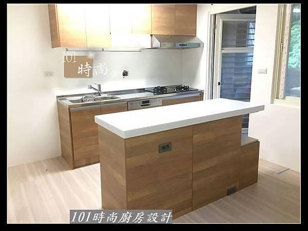 @二字型廚房設計 不鏽鋼檯面+中島櫃 廚具工廠直營 作品分享:政大二街(196).jpg