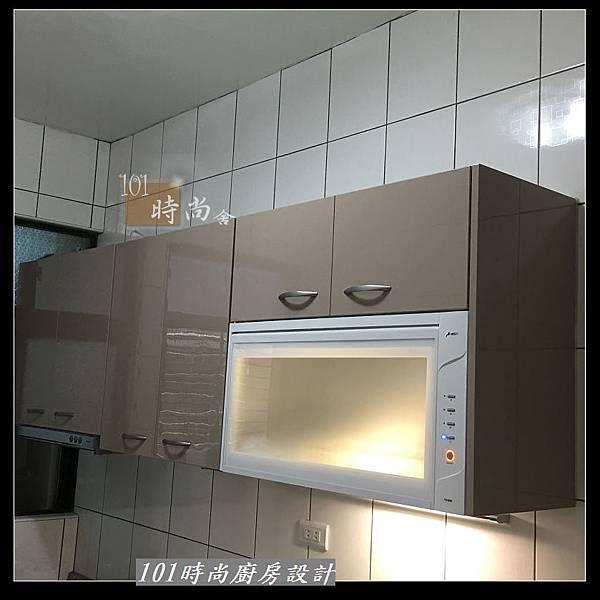 @不鏽鋼檯面 一字廚房設計作品分享:中和黃公館(45).JPG