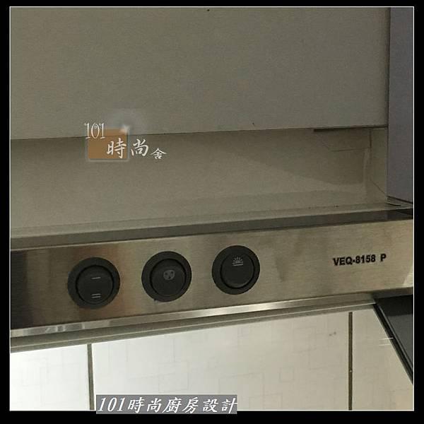 @不鏽鋼檯面 一字廚房設計作品分享:中和黃公館(49).JPG