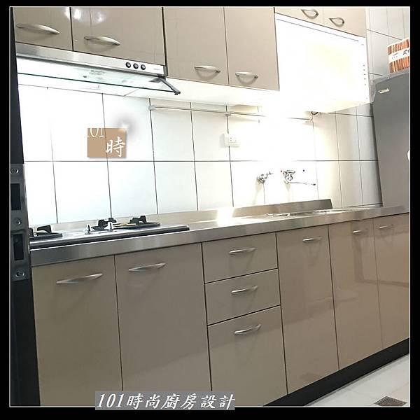 @不鏽鋼檯面 一字廚房設計作品分享:中和黃公館(73).JPG