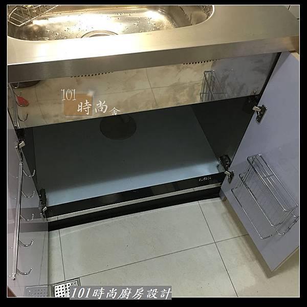 @不鏽鋼檯面 一字廚房設計作品分享:中和黃公館(82).JPG