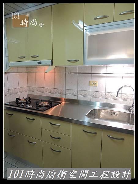@不鏽鋼檯面一字廚房設計 廚具工廠直營 作品分享:木柵羅s公館(62).jpg
