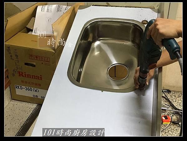 @不鏽鋼檯面一字廚房設計 廚具工廠直營  作品分享:三重陳s公館(21).jpg