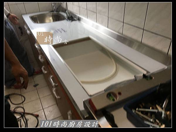 @不鏽鋼檯面一字廚房設計 廚具工廠直營  作品分享:三重陳s公館(39).jpg