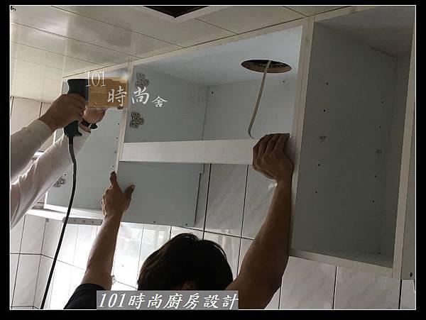 @不鏽鋼檯面一字廚房設計 廚具工廠直營  作品分享:三重陳s公館(55).jpg