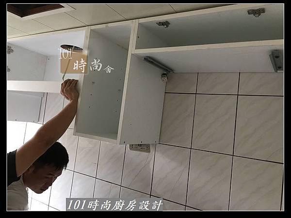 @不鏽鋼檯面一字廚房設計 廚具工廠直營  作品分享:三重陳s公館(54).jpg