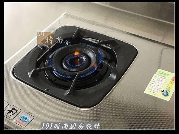 @不鏽鋼檯面一字廚房設計 廚具工廠直營  作品分享:三重陳s公館(88).jpg