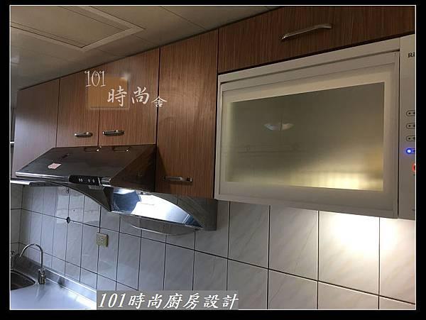 @不鏽鋼檯面一字廚房設計 廚具工廠直營  作品分享:三重陳s公館(98).jpg
