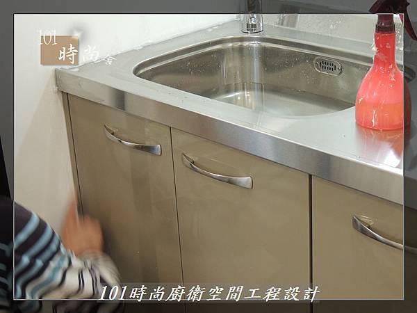 @不鏽鋼檯面一字廚房設計 廚具工廠直營  作品分享:內湖張公館(10).JPG