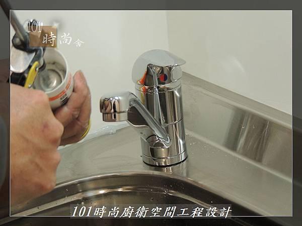 @不鏽鋼檯面一字廚房設計 廚具工廠直營  作品分享:內湖張公館(7).JPG