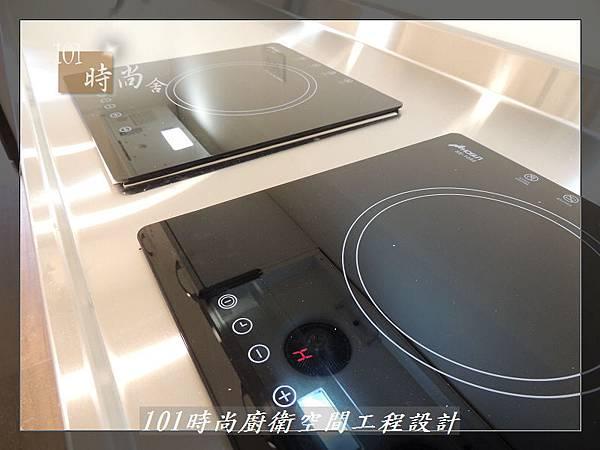 @不鏽鋼檯面一字廚房設計 廚具工廠直營  作品分享:內湖張公館(85).JPG