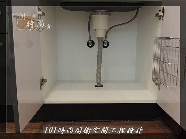 @不鏽鋼檯面一字廚房設計 廚具工廠直營  作品分享:內湖張公館(113).JPG