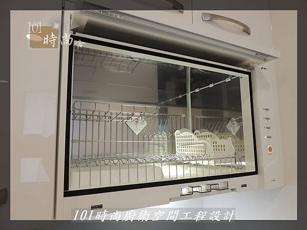 @不鏽鋼檯面一字廚房設計 廚具工廠直營  作品分享:內湖張公館(136).JPG