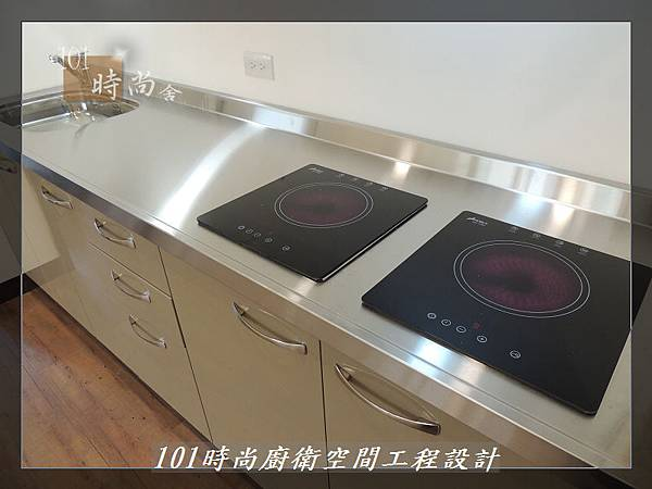 @不鏽鋼檯面一字廚房設計 廚具工廠直營  作品分享:內湖張公館(145).JPG