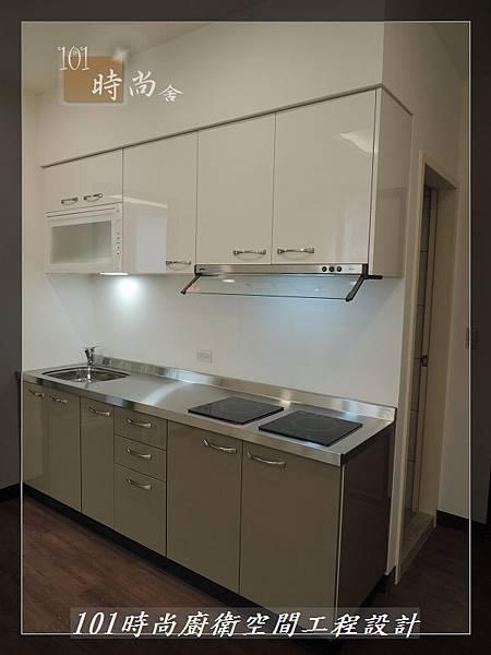 @不鏽鋼檯面一字廚房設計 廚具工廠直營  作品分享:內湖張公館(159).JPG