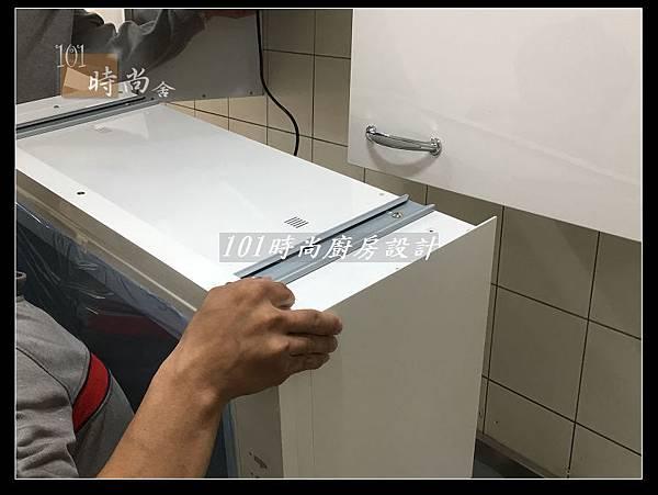 @不鏽鋼檯面一字廚房設計 廚具工廠直營  作品分享:德惠街陳公館(30).JPG