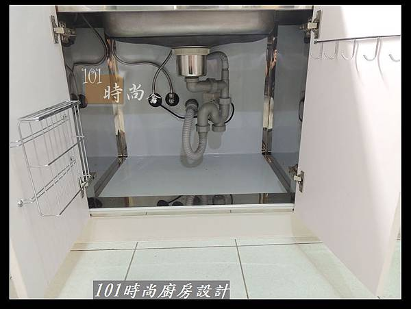 @不鏽鋼檯面一字廚房設計 廚具工廠直營  作品分享:松山路劉公館(52).jpg