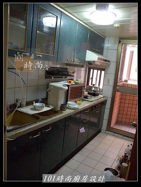 @人造石檯面一字廚房設計 廚具工廠直營  作品分享:三重羅公館(80).jpg