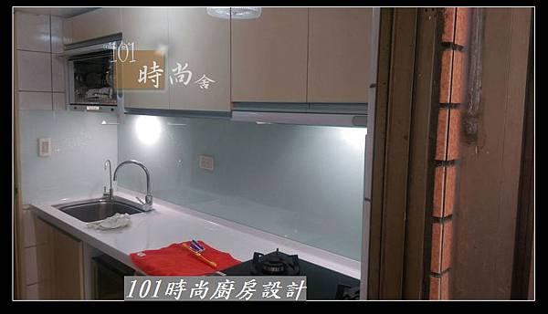 @人造石檯面一字廚房設計 廚具工廠直營 作品分享:三重羅公館(98).jpg