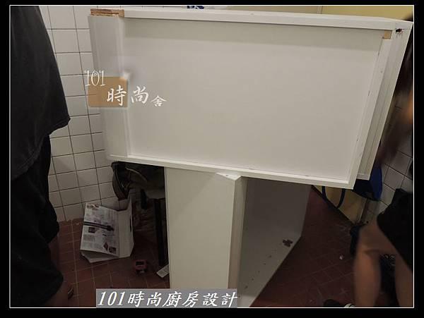 @人造石檯面一字型廚房設計 廚具工廠直營 作品分享:南港林公館(17).jpg
