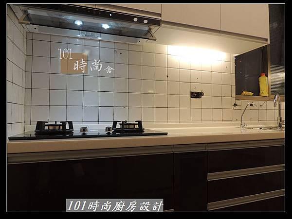 @人造石檯面一字型廚房設計 廚具工廠直營 作品分享:南港林公館(78).jpg