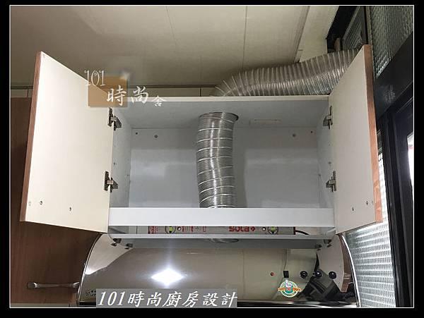 @不鏽鋼檯面廚房設計一字型作品-萬大路張公館(17).JPG