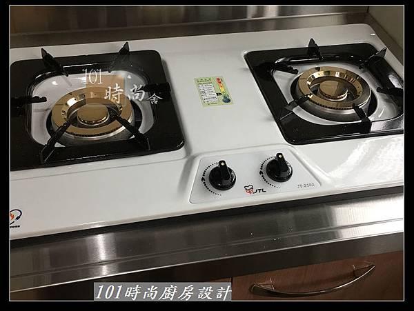 @不鏽鋼檯面廚房設計一字型作品-萬大路張公館(29).JPG