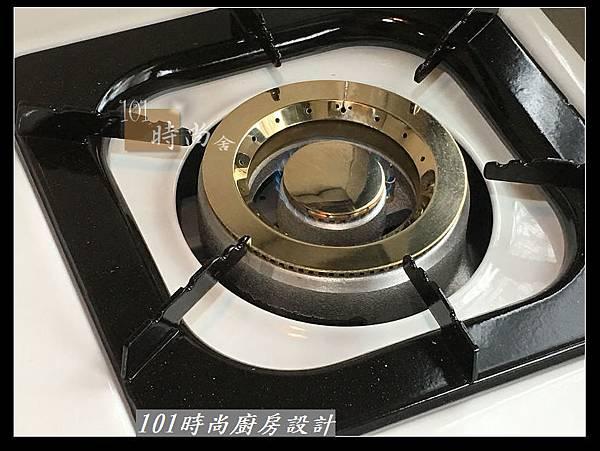 @不鏽鋼檯面廚房設計一字型作品-萬大路張公館(38).JPG