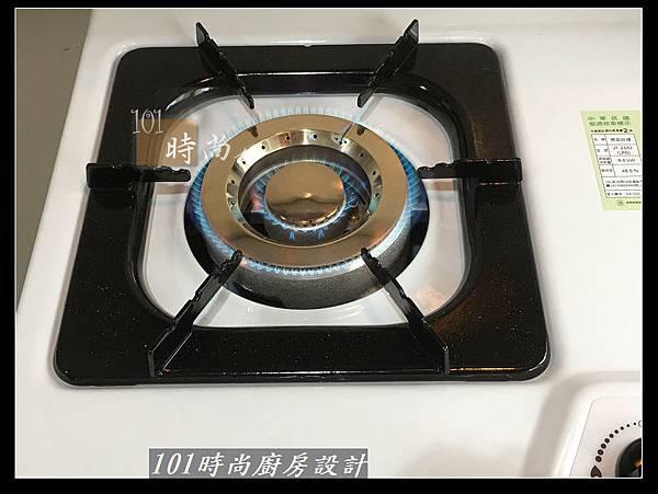 @不鏽鋼檯面廚房設計一字型作品-萬大路張公館(41).JPG