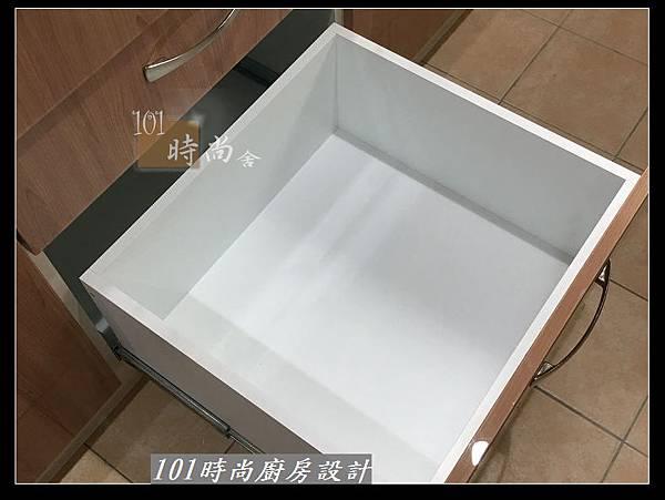 @不鏽鋼檯面廚房設計一字型作品-萬大路張公館(48).JPG