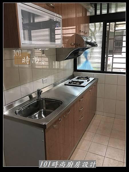 @不鏽鋼檯面廚房設計一字型作品-萬大路張公館(60).JPG