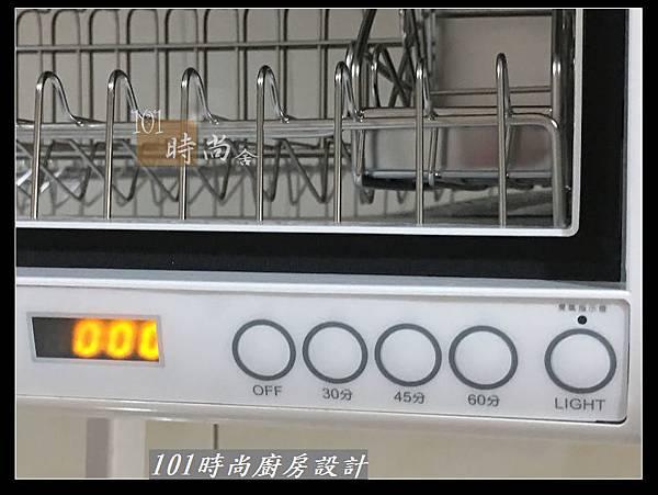 @不鏽鋼檯面廚房設計一字型作品-萬大路張公館(58).JPG