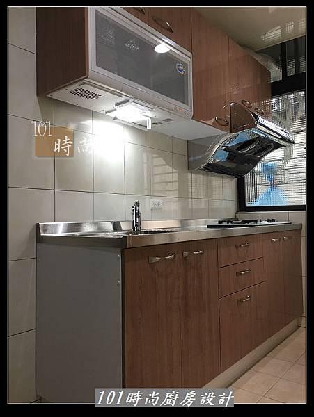 @不鏽鋼檯面廚房設計一字型作品-萬大路張公館(64).JPG