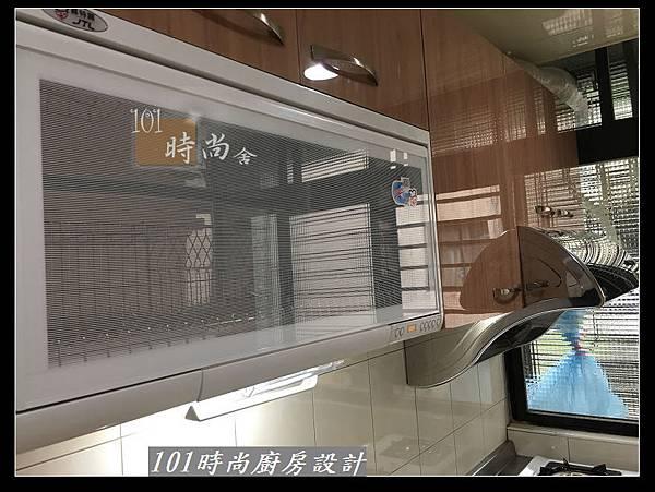 @不鏽鋼檯面廚房設計一字型作品-萬大路張公館(66).JPG