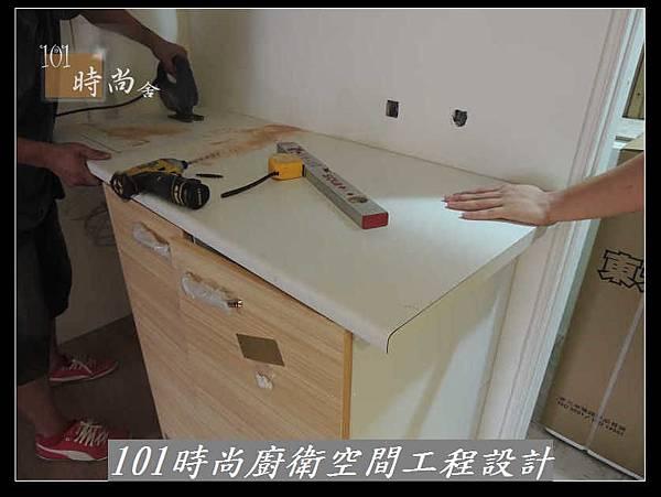 @廚房設計 廚具設計 廚房設計圖 廚房流理台 系統廚具 小套房廚具 廚具工廠直營 美耐板 一字型廚房設計 作品分享:三重劉公館(6).jpg