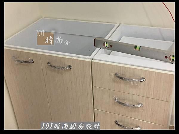 @小套房廚具  美耐板一字型廚房設計 作品分享-中和連城郭公館(00).jpg