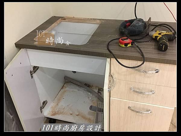 @小套房廚具  美耐板一字型廚房設計 作品分享-中和連城郭公館(3).jpg
