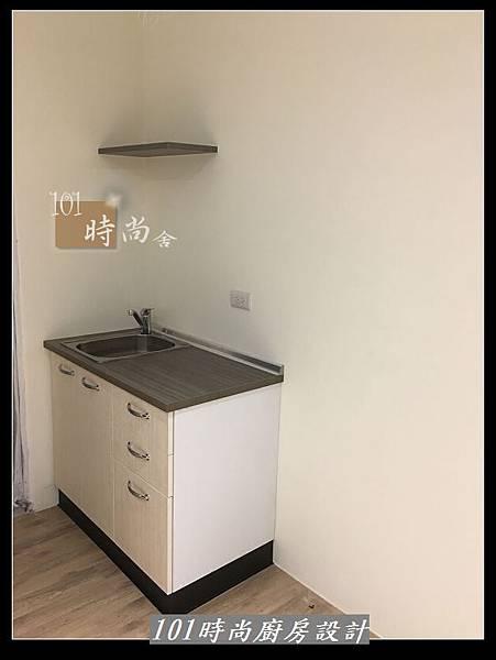 @小套房廚具 美耐板一字型廚房設計 作品分享-中和連城郭公館(35).jpg
