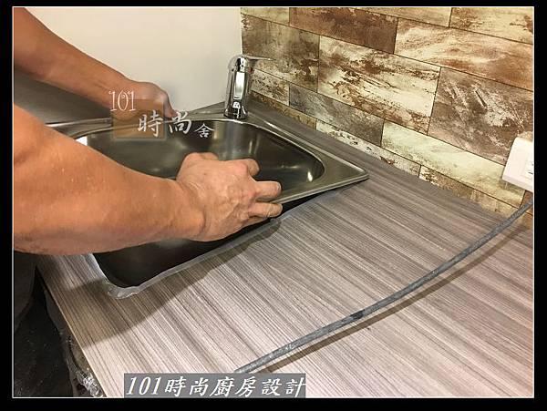 @小套房廚具  美耐板一字型廚房設計 作品分享-中和連城郭公館(38).jpg