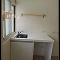 @小套房廚具  人造石一字型廚房設計     作品分享:萬華劉公館(55).jpg