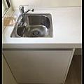 @小套房廚具  人造石一字型廚房設計     作品分享:萬華劉公館(62).jpg
