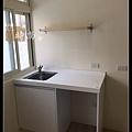 @小套房廚具  人造石一字型廚房設計     作品分享:萬華劉公館(61).jpg