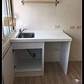 @小套房廚具  人造石一字型廚房設計     作品分享:萬華劉公館(64).jpg
