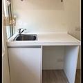 @小套房廚具  人造石一字型廚房設計     作品分享:萬華劉公館(71).jpg