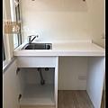 @小套房廚具  人造石一字型廚房設計     作品分享:萬華劉公館(73).jpg